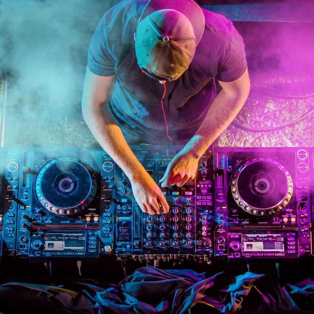 DJ Hire | MobileDJ
